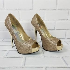 Shimmering Gold High Heel Shoes Size 7